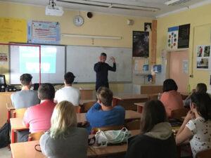 Predavanja zunanjih predavateljev