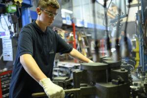 prakticni pouk pri strojni proizvodnji stekla